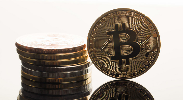 bitcoinPAKU6019_TP_V.jpg